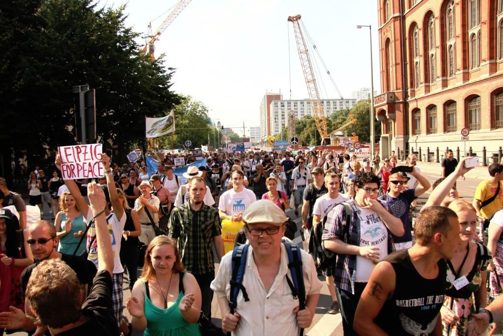 Bilder von der 1. Bundesweite Friedensmahnwache in Berlin am 19.07.2014